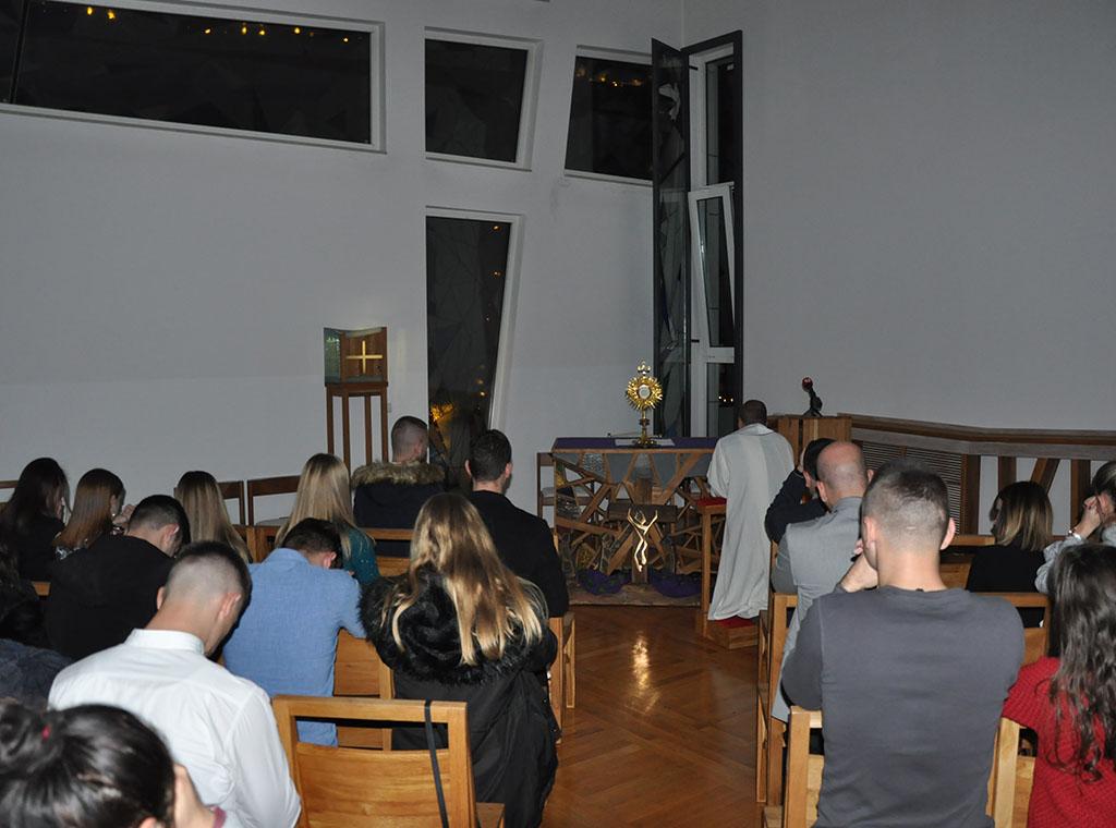 Katoličko druženje s ne-djevicom